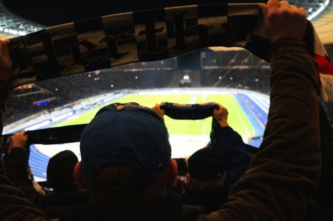 Hertha BSC scarf