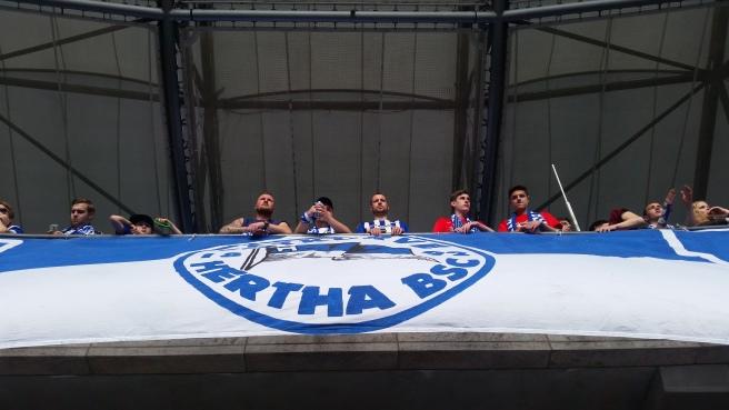 Hertha fans banner
