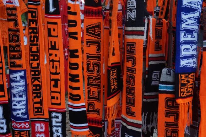 Persija scarves
