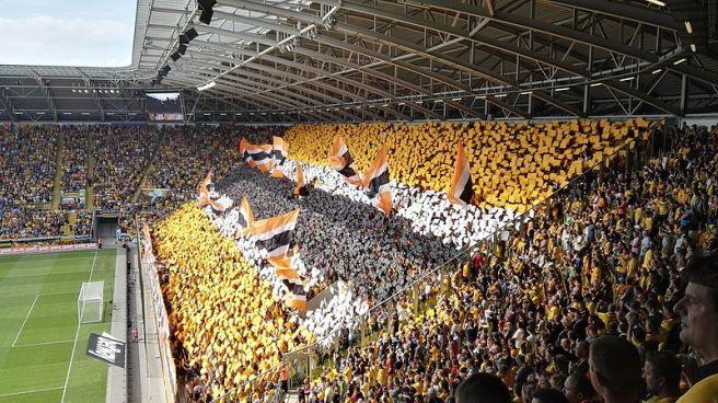 Dynamo Dresden tifo