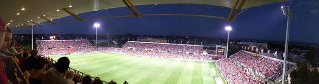 Adelaide United football fans Hindmarsh