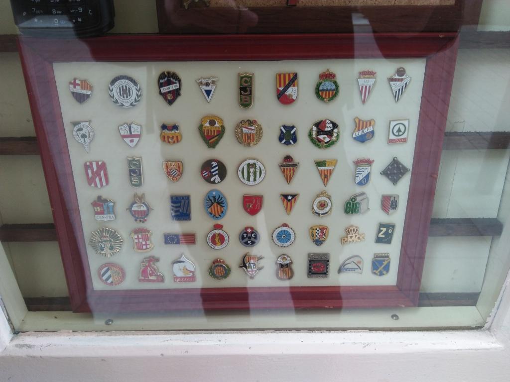 Barcelona football badges